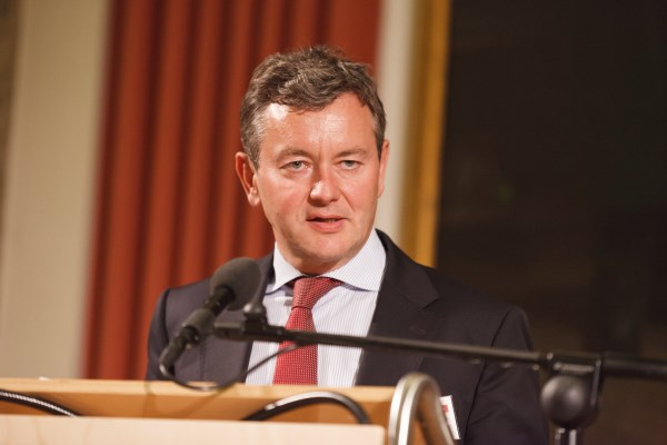 Dr. Thomas Rodenhausen hält die Festrede beim Pharma Trend 2014
