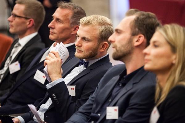 Gespanntes Publikum beim Pharma Trend 2015