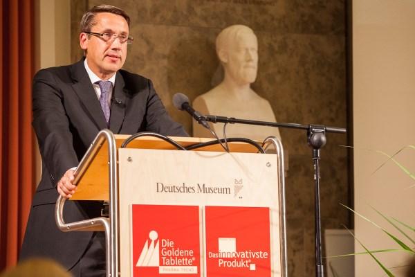 Prof. Dr. Renner hält die Festrede beim Pharma Trend 2015